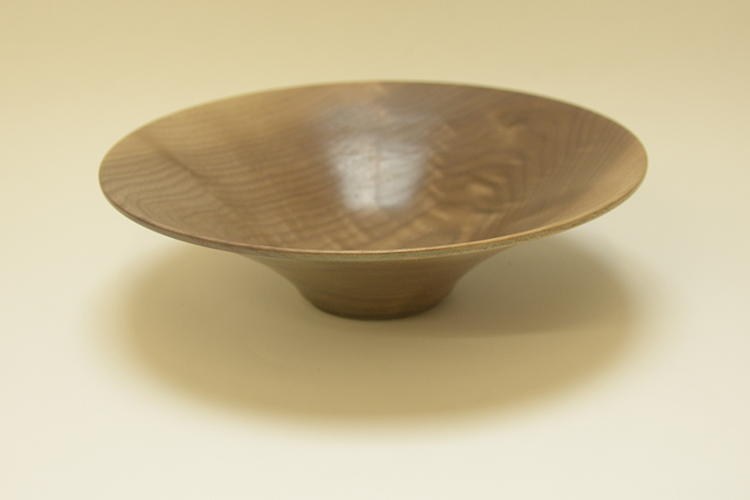 Tony King. Walnut bowl 154