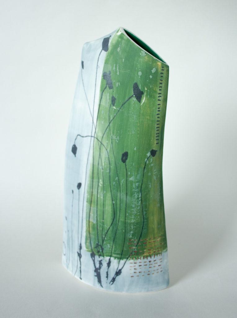 Lorna Fraser. Spachnum (porcelain)
