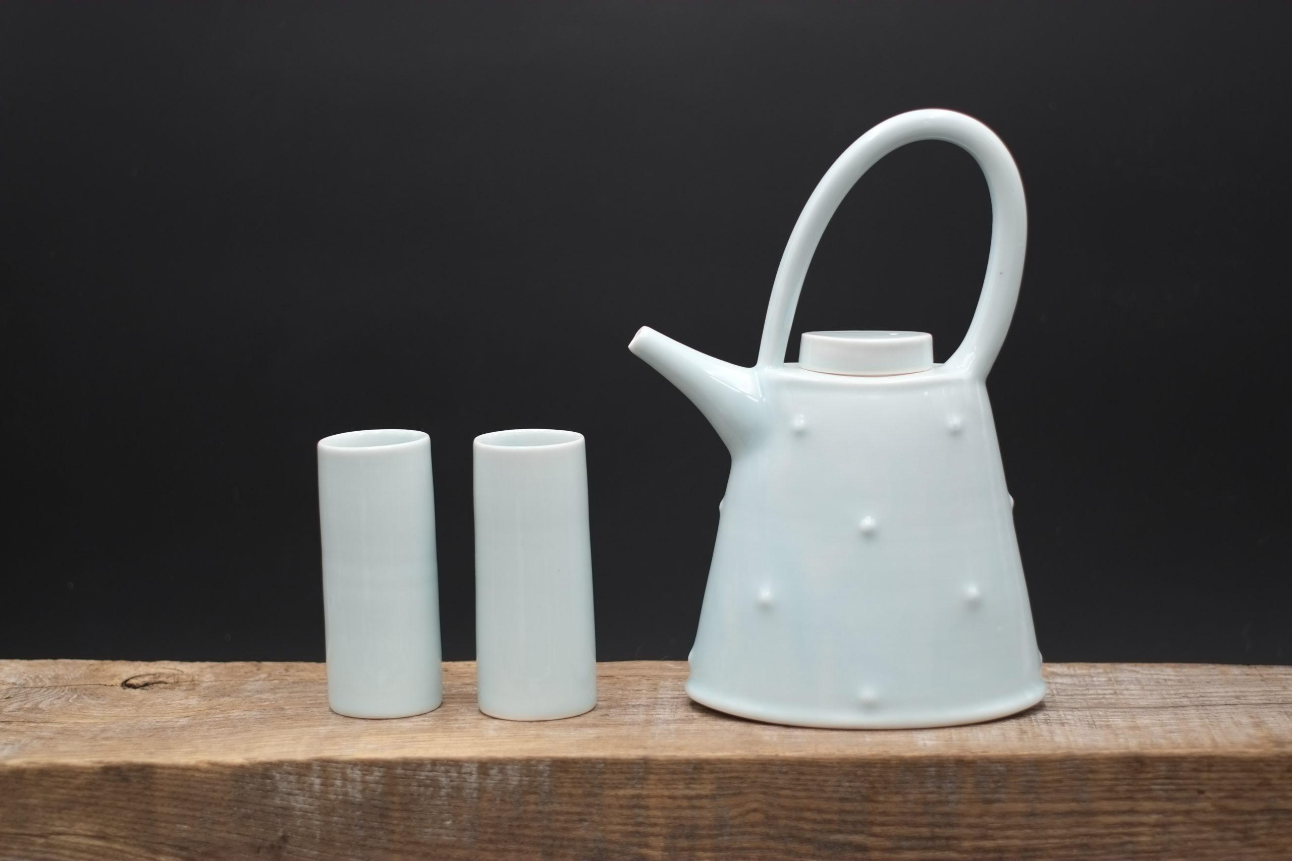 Tricia Thom. Oval Teapot set (blue glaze)