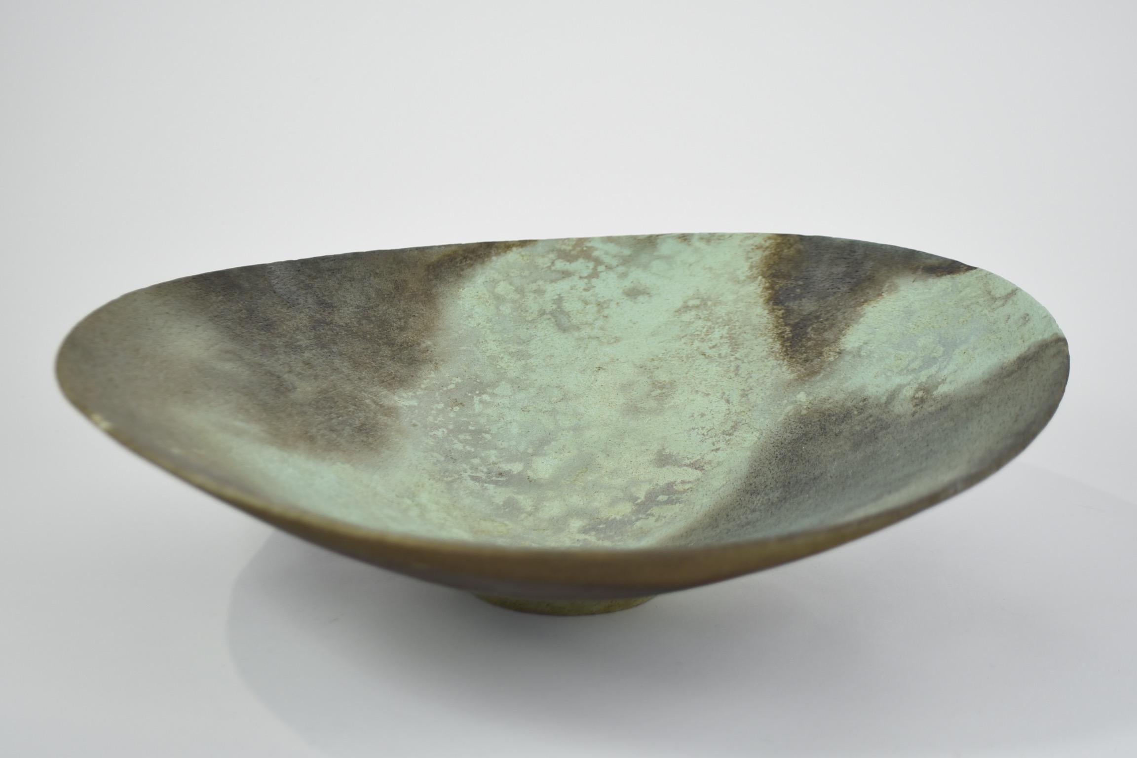 Large green asymmetric bowl JW10